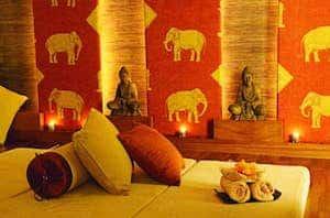 Thai massage treatment mind and body
